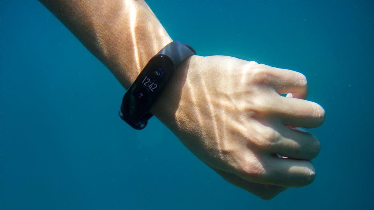 Mi band 5 Underwater